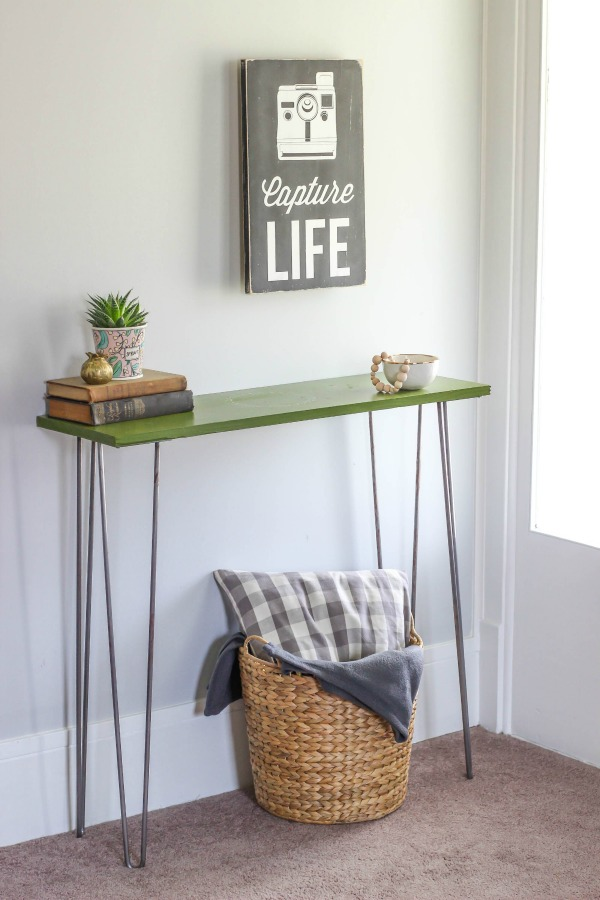hairpin leg entryway table