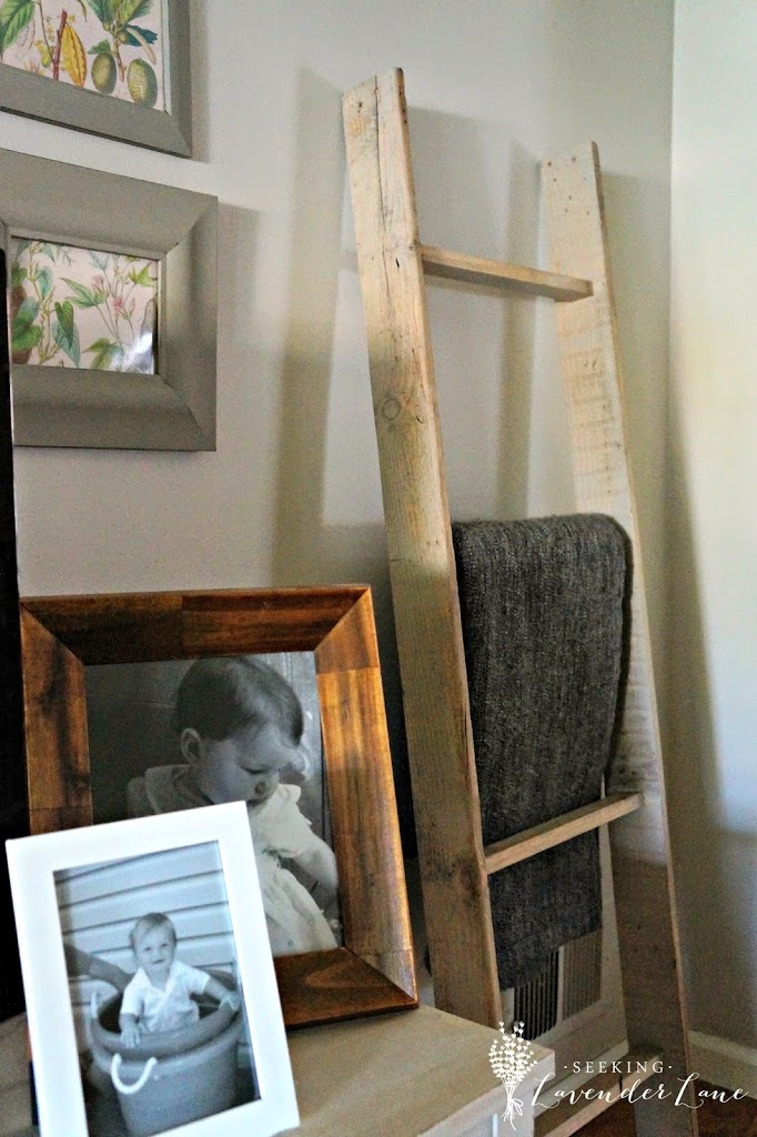 Blanket Ladder from a Pallet