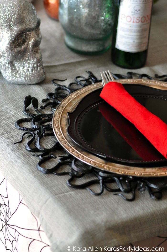 Snake Table Runner