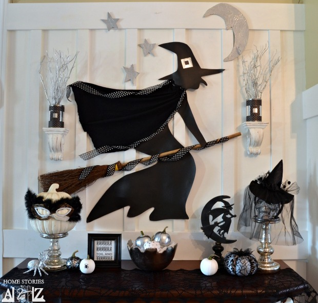Witch Halloween Mantel
