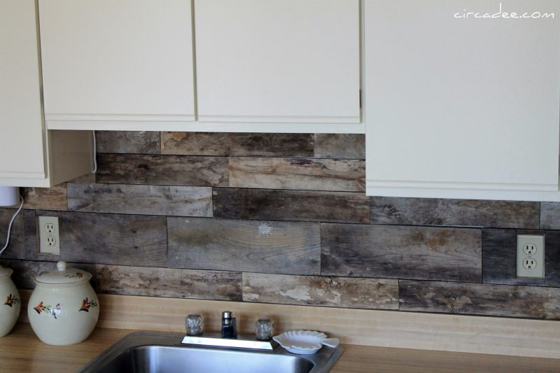 Install A Pallet Wood Back Splash