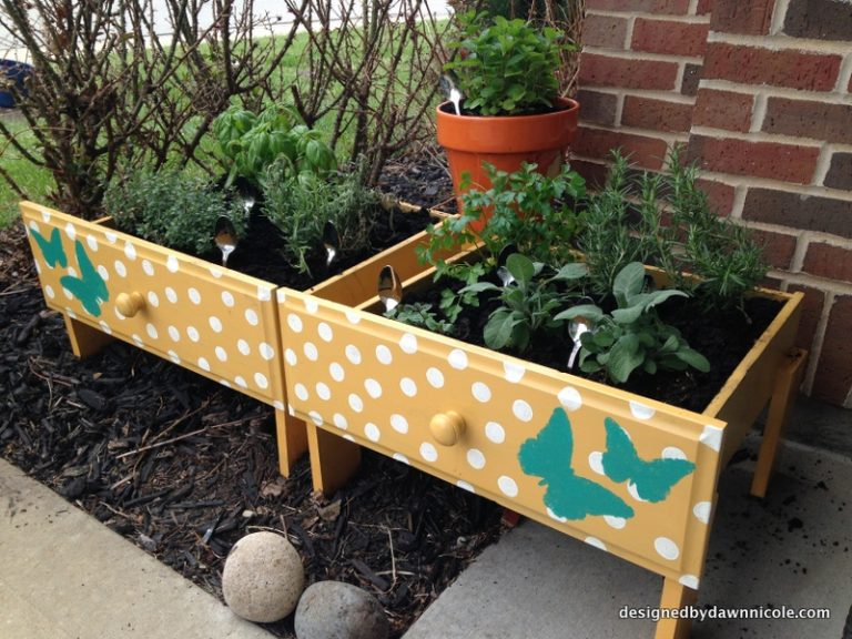 Raised Garden Beds from Old Drawers
