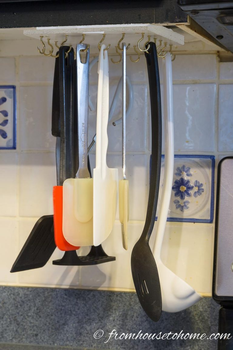Rotating Cooking Utensil Storage Rack