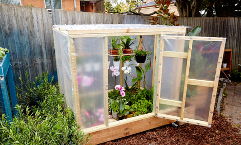 greenhouse on wheels