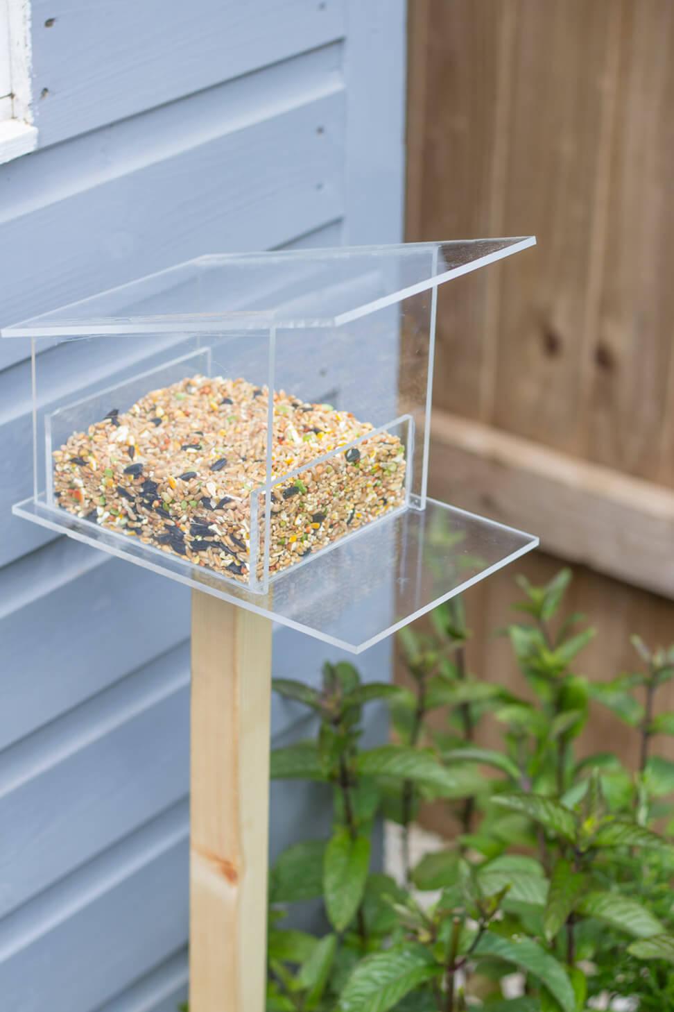 Mid-century style DIY bird feeder