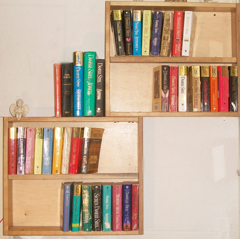 Turn old dresser drawers into a bookshelf