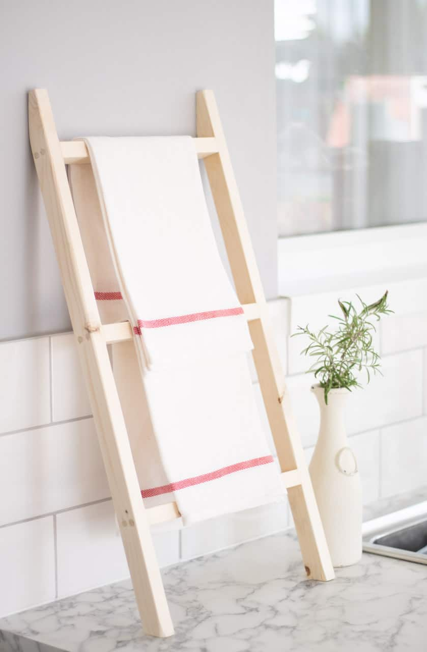Countertop Kitchen Tea Towel Ladder