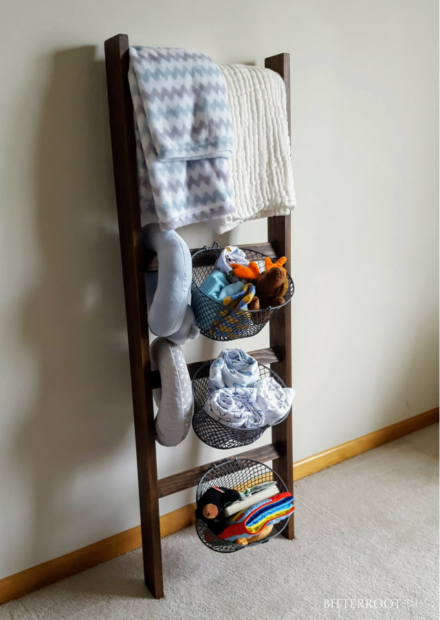 Nursery Blanket Ladder