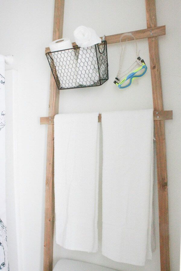Over the Toilet Towel Storage Ladder