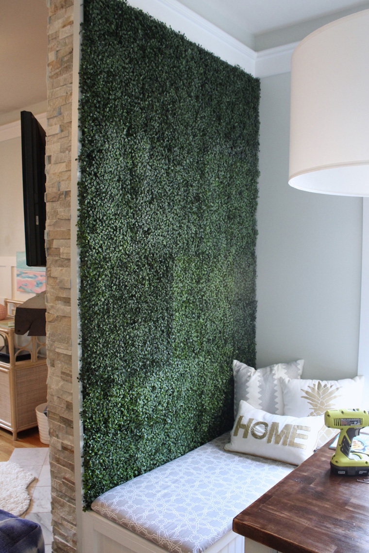 Artificial Boxwood Accent Wall