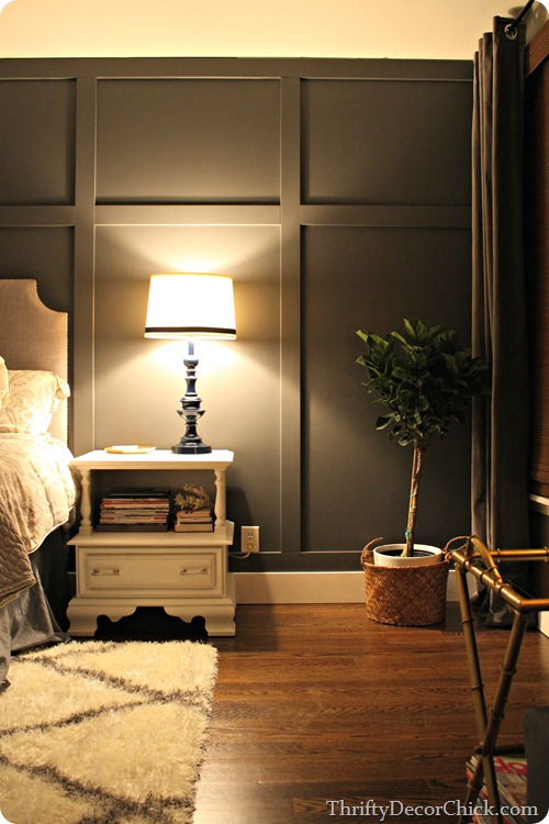 DARK GRAY ACCENT WALL