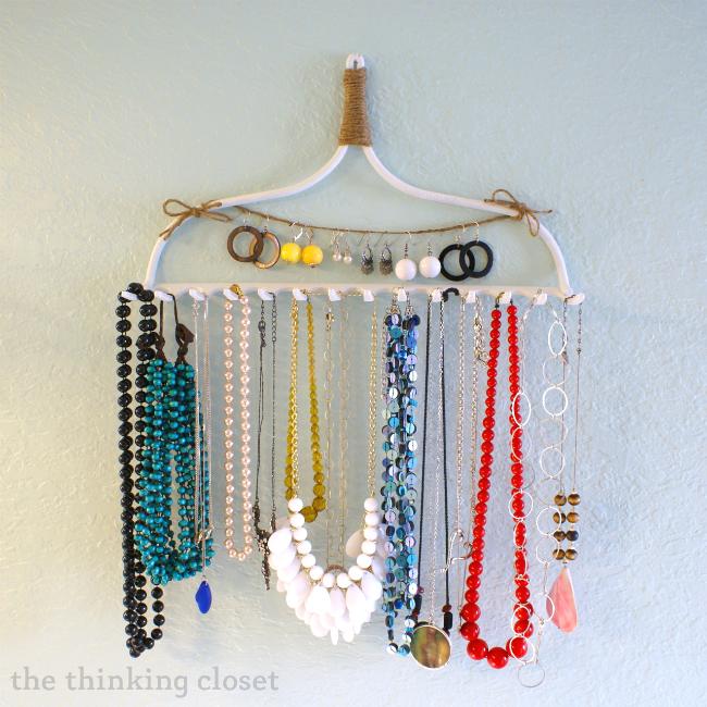 Rake Necklace Hanger
